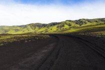 Исландия, Судурланд, регион Ландманалаугер, высокогорный регион в дневное время — стоковое фото