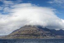 United Kingdom, Scotland, Isle of Skye,  View of Cuillin hills — Stock Photo