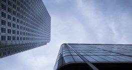 Vermi estreme occhio vista delle facciate a financial district, Docklands, Londra, Regno Unito — Foto stock