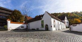 Alemanha, Bavaria, Landshut, Museu durante o dia — Fotografia de Stock