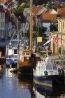 Germany, Mecklenburg Western Pomerania, Fisherman pier at Wismar harbour — Stock Photo