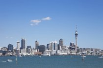 New Zealand, View of Skyline City Center against water — Stock Photo