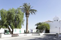 Spain, Lanzarote, Yaiza, View of village square during daytime — Stock Photo