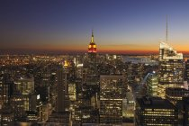 View of Empire State Building at Manhattan, New York City, New York State, USA — Stock Photo