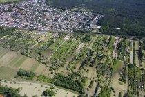 Vista aérea del río Rin en Budenheim, Renania-Palatinado, Alemania - foto de stock