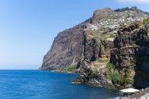 Scogliere di Porto de Cmara de Lobos vista, Madeira, vicino Funchal, Madeira, Portogallo — Foto stock