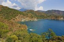 Turquia, Lícia, Parque Nacional de Olympos, floresta costeira e Baía — Fotografia de Stock