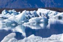 Islanda, Austurland, Laguna glaciale di Jokulsarlon vicino al Parco Nazionale Vatnajokull — Foto stock