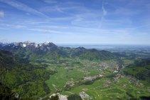 Germania, Baviera, Ruhpolding, Veduta della regione del Chiemgau durante il giorno — Foto stock