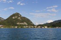 Austria, Salzburg State, Fuschlsee Lake, Fuschl am See, Mountain Ellmaustain — Stock Photo