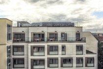 Німеччина, Берлін, частиною Фасад готелю — стокове фото