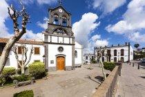 Spanien, Kanarische Inseln, Gran Canaria, Firgas, San Roque Kirche in sonnigen Tag anzeigen — Stockfoto