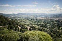 Elevada vista sobre a cidade de Fiesole, no diurno, Florença, Toscana, Itália — Fotografia de Stock