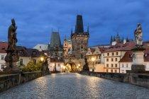 Czechia, Prague, Charles Bridge in the evening — Stock Photo
