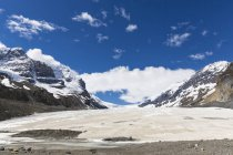 Canada, Alberta, Rocky Mountains, Canadian Rockies, Jasper National Park, Columbia Icefield Area, Athabasca Glacier — Photo de stock