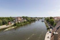 Alemanha, Bavaria, Regensburg, exibição de Fishermans casa perto do Rio Danúbio — Fotografia de Stock