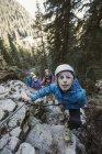 Австрия, Острая фаза, Острая фаза, семейное восхождение в горы — стоковое фото