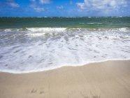 Caribbean, Saint Lucia, Beach at Vieux-Fort  during dayitme — Stock Photo