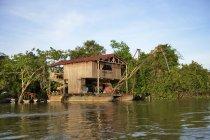 Brazil, Amazon basin, Gold prospectors raft on Rio Tapajos — Stock Photo