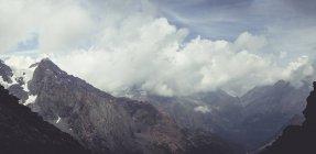 Italy, Lombardy, Chiareggio, Mountain range and cloudy mood — Stock Photo