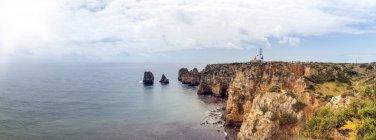 Panoramic view of cliff coast — Stock Photo