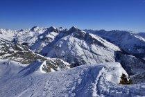 Vista de Alemania, Baviera, de la central montañas de Karwendel - foto de stock