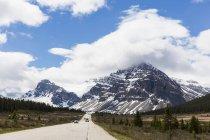 Canada, Alberta, Jasper National Park, Banff National Park, Icefields Parkway — Stock Photo