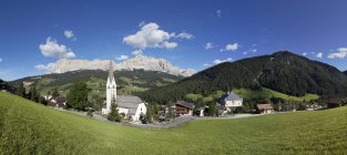 Italy, South Tyrol, Stern, Mountainscape and church during daytime — Stock Photo