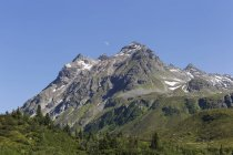 Austria, Vorarlberg, Montafon, Grovermunt, Vordere Lobspitze mountain — Stock Photo