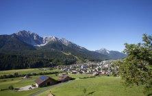 Italie, Tyrol du Sud, San Candido et Dolomites Sexten — Photo de stock