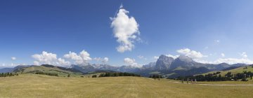Italy, South Tyrol, Seiseralm and Langkofel group  during daytime — Stock Photo