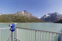 Австрия, Форарльберг, Монета работали бинокль на плотине Сильвтретта — стоковое фото