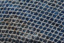 Закрытие штабелированных рыболовных сетей, полная рама — стоковое фото