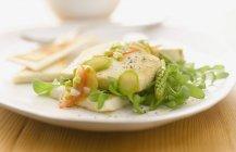 Roasted tofu with asparagus — Stock Photo