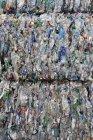 Primo piano del riciclaggio dei rifiuti di plastica — Foto stock
