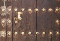 Vue de la porte en bois, gros plan — Photo de stock