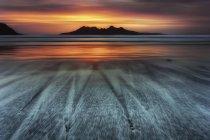 UK, Scotland, bay of laig at sunset — Stock Photo