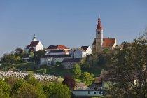 Straden townscape з синього неба — стокове фото