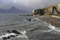 UK, Scotland, Cliff at shore against water  during daytime — Stock Photo