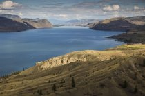 Verão de Canadá, British Columbia, no lago Kamloops — Fotografia de Stock