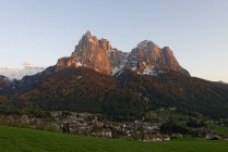 Італія, Південний Тіроль, Eisack долина, СЕІС am гори Шиліар на тлі — стокове фото