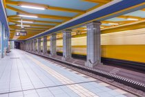 Berlin, subway station Lindauer Allee - foto de stock