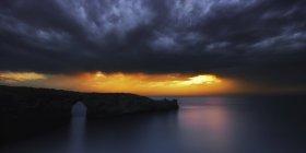 Tormenta de próximos España, Manorca, sobre Islas Baleares - foto de stock