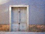 Croazia, Casa con porta chiusa a Baska città — Foto stock