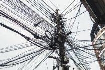 Таиланд, крупный план кабелей питания — стоковое фото