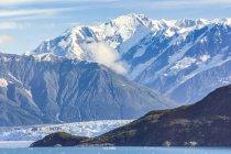 Уса, Аляска, горы Сент-Элиас и Yukon, ледник Хаббард — стоковое фото