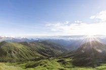 Италия, Монреаль, Западные Альпы, вид от Кабассе до Улькса — стоковое фото
