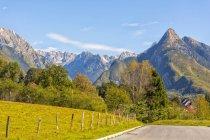 Slowenien, Bovec, Triglav-Nationalpark, Kanin-Tal im Herbst — Stockfoto