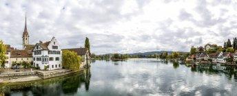 Suiza, Cantón de Schaffhausen, Stein am Rhein, Abadía de San Jorge - foto de stock