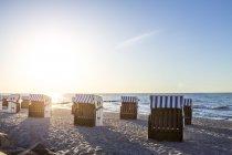 Німеччина, Мекленбург-Західна Померанія, морський курорт Балтійського моря Kuehlungsborn вранці — стокове фото
